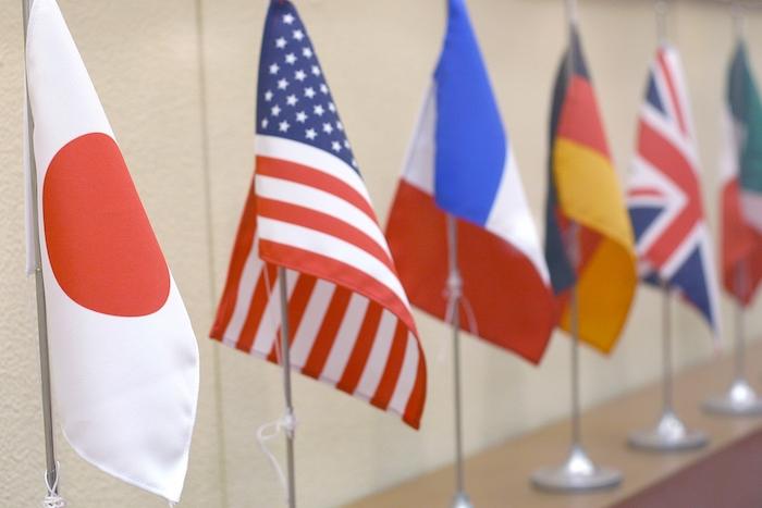 海外Webマーケティングを実施候補の国の国旗