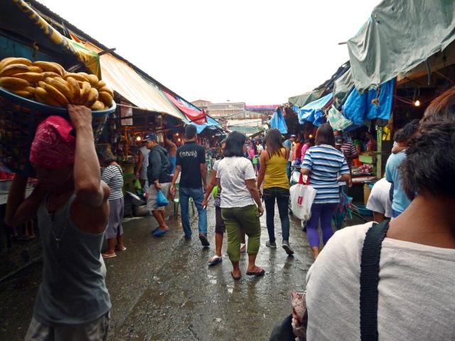 海外の市場を調査することで海外進出時のビジネス環境を調査する